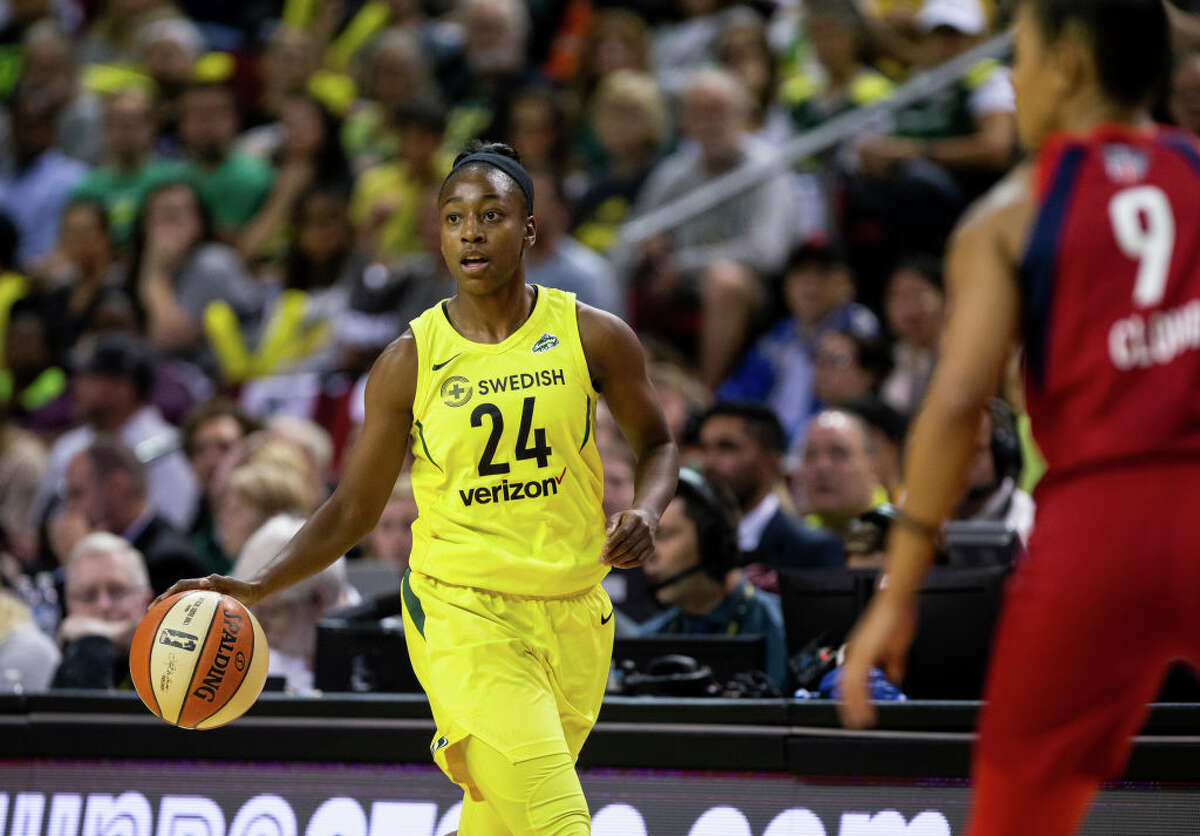 3. Jewell Loyd hasn't quite hit her stride While she's the team's second leading scorer with 14.3 points per game, Jewell Loyd hasn't looked quite the same this year. Through the first four games, her 32.3 percent mark from the field is the worst field goal percentage of her career. She's still one of the team's best players, and her 5.0 boards and 3.3 assists per game give her more value than pure scoring. Still, you have to think that Seattle could be a much more dangerous team if Loyd's shooting starts to turn around.