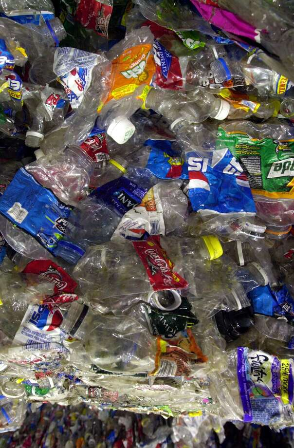 The expansion of the state's bottle-deposit law collapsed under lobbying from the beverage industry. Photo: RIC FELD / AP / AP