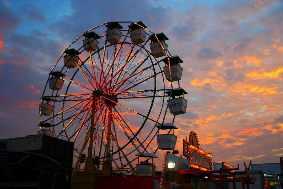 ferris-wheel-fall-festival