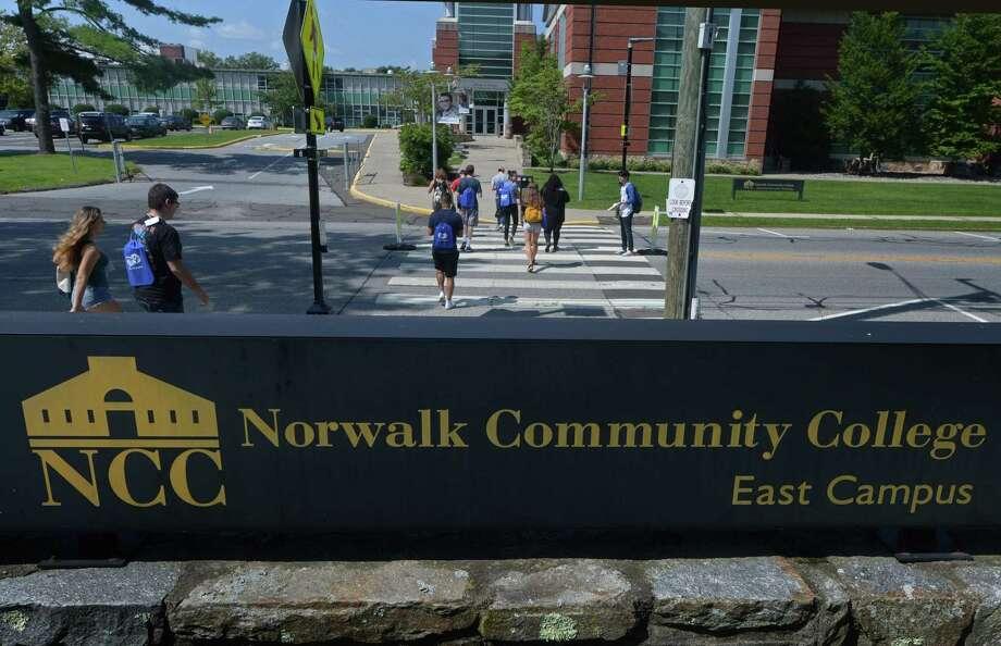 New students to Norwalk Community College tour the campus during student orientation last August. Photo: Erik Trautmann / Hearst Connecticut Media / Norwalk Hour