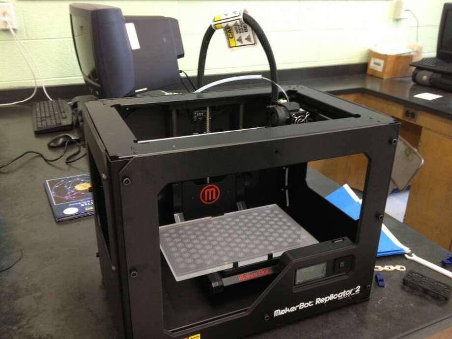 Fairchild Library's 3D printer.