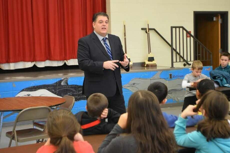 Rep. David Rutigliano speaks to Ms. Littlefield's class at Daniels Farm Elementary School.