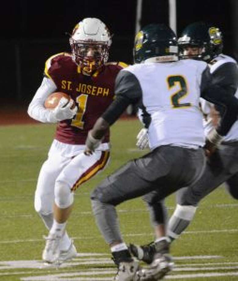 Ace Luzietti returned an interception for a touchdown. — Andy Hutchison photo