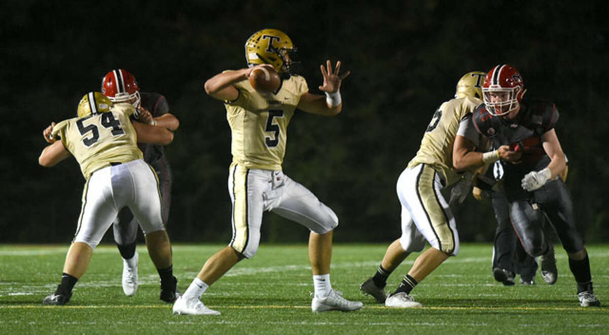 QB Colton Lewis gets set to throw a pass at Dunning Field. - Dave Stewart photo