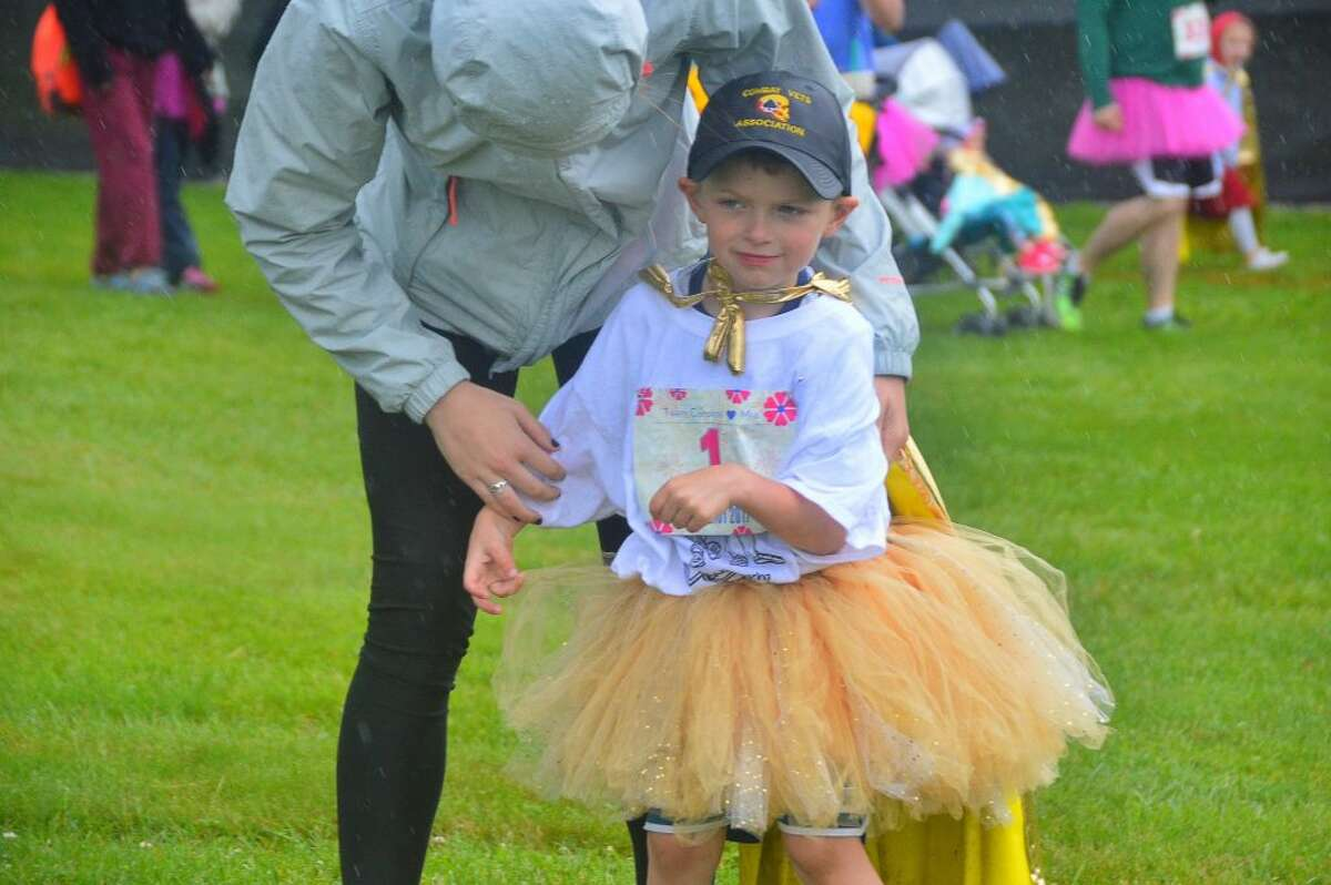 James McCafert gets encouragement prior to Make it Amazing Relay in honeor of his sister MIA and cancer patients in our area.