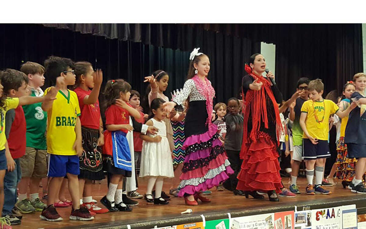 Flamenco Dancer Yohanna Escamilla and Studio Arte Youth Company.
