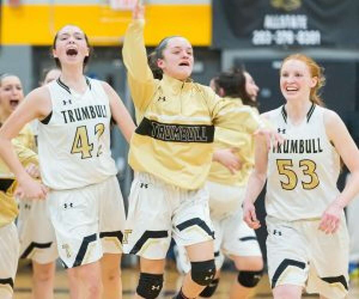 Trumbull will play New London for the Class LL state championship.