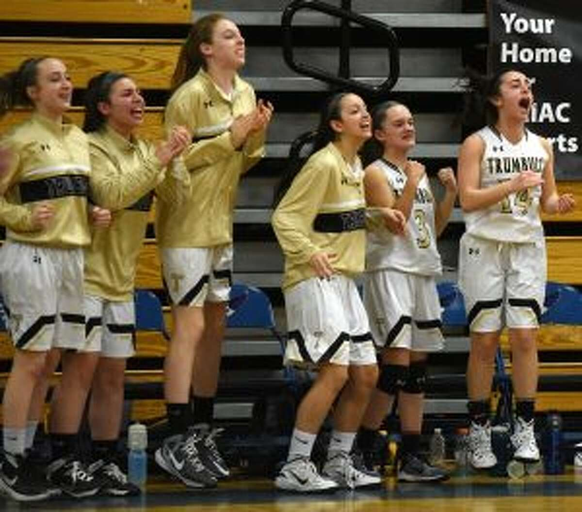 The Trumbull reserves react.