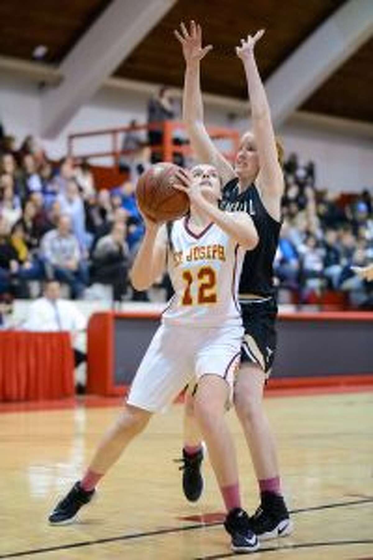Megan Robertson had eight points in the win. - David G. Whitham photo