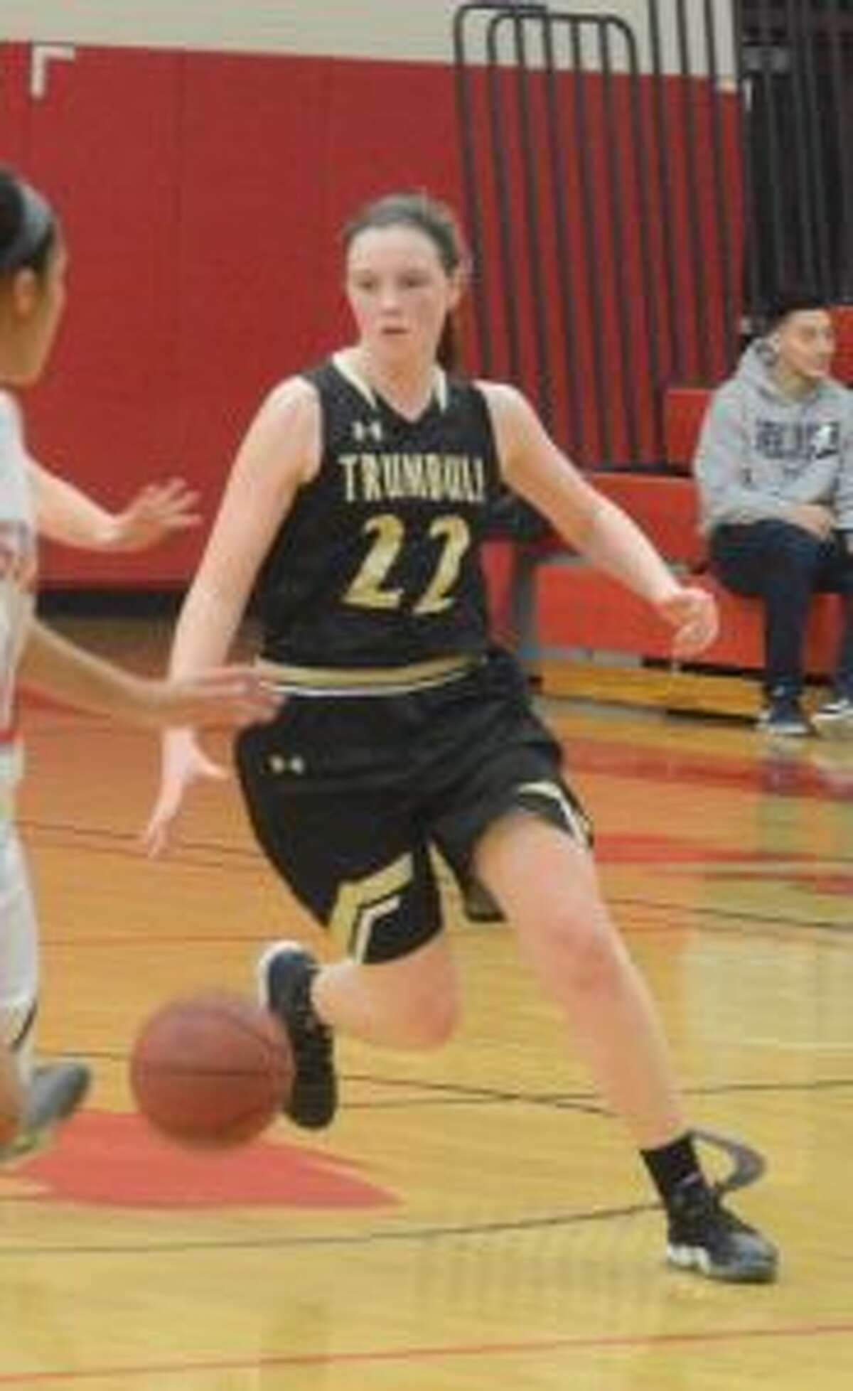 Trumbull's Aisling Maguire's basket gave the Eagles the lead with 30 seconds left.