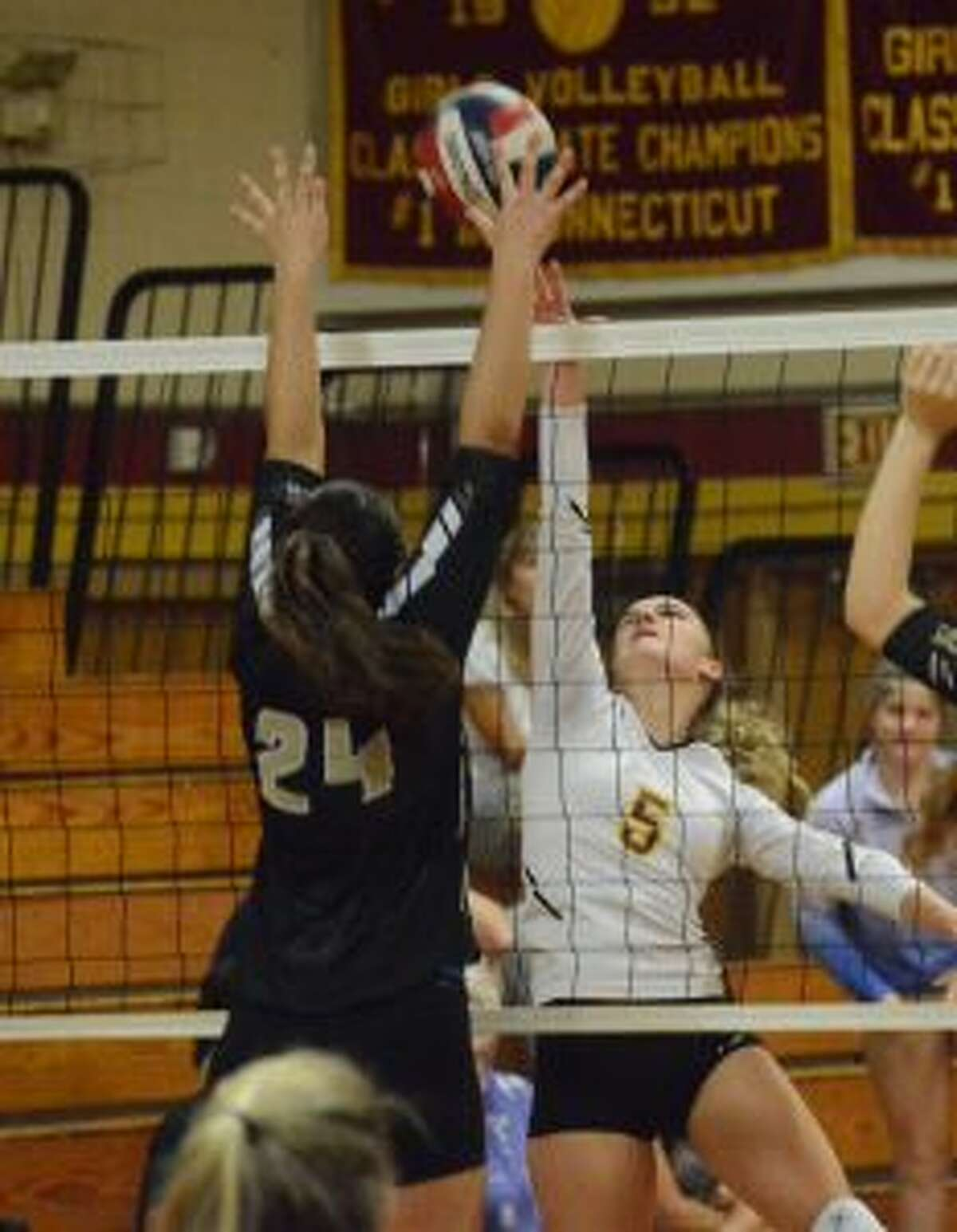 The Cadets' Katie Spangenberg looks to tip home a winner. - Andy Hutchison photos