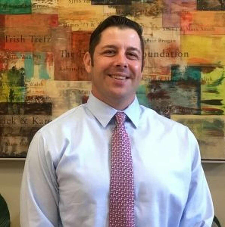 Kevin Wielk, a 1995 graduate, will return to St. Joseph High to coach the boys basketball team.