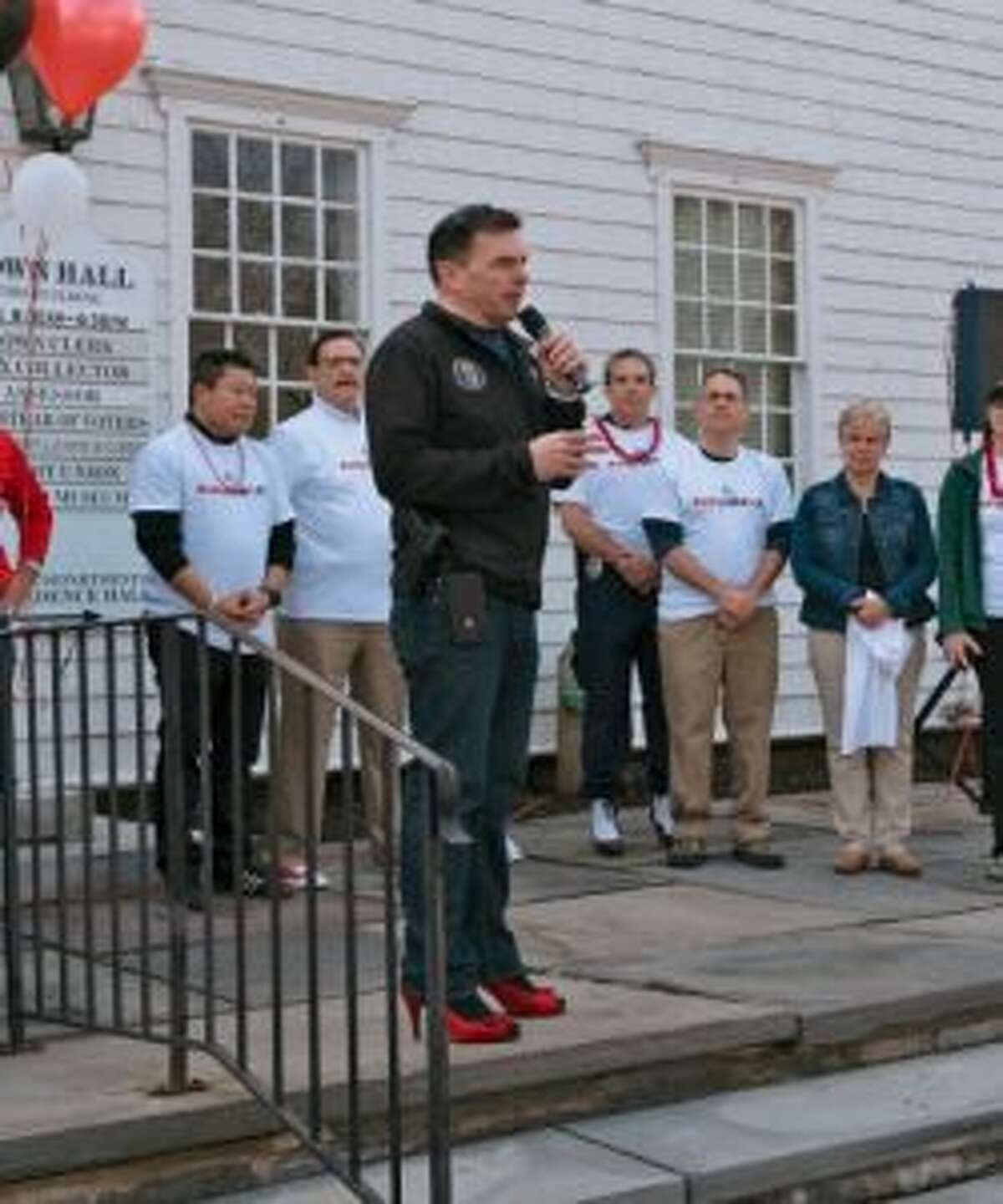 Fairfield Police Chief Gary MacNamara speaks to the crowd last Saturday. - Donovan Doughty for The Center for Family Justice photo