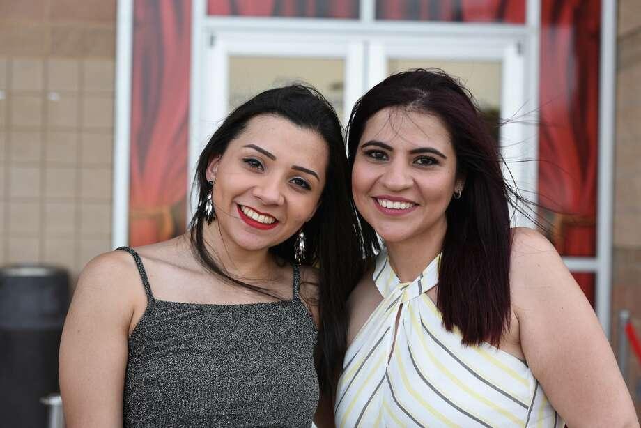 Alexa Iruegas and Briceida Vidaurri pose for a photo during the Wisin Y Yandel concert. Photo: Christian Alejandro Ocampo