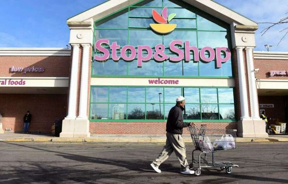 The United Food and Commercial Workers Local 371, which represents workers at the Trumbull Stop and Shop, voted to authorize a strike Wednesday. — Arnold Gold, Hearst Connecticut Media