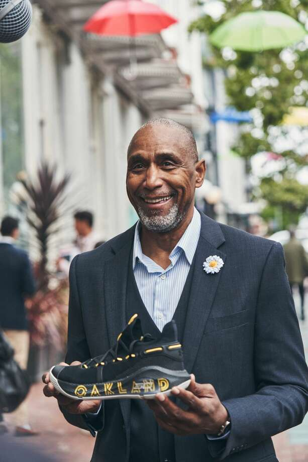 Ralph Walker, Stephen Curry's once-retired personal security guard, receives his Curry 6 shoes. Photo: Under Armour