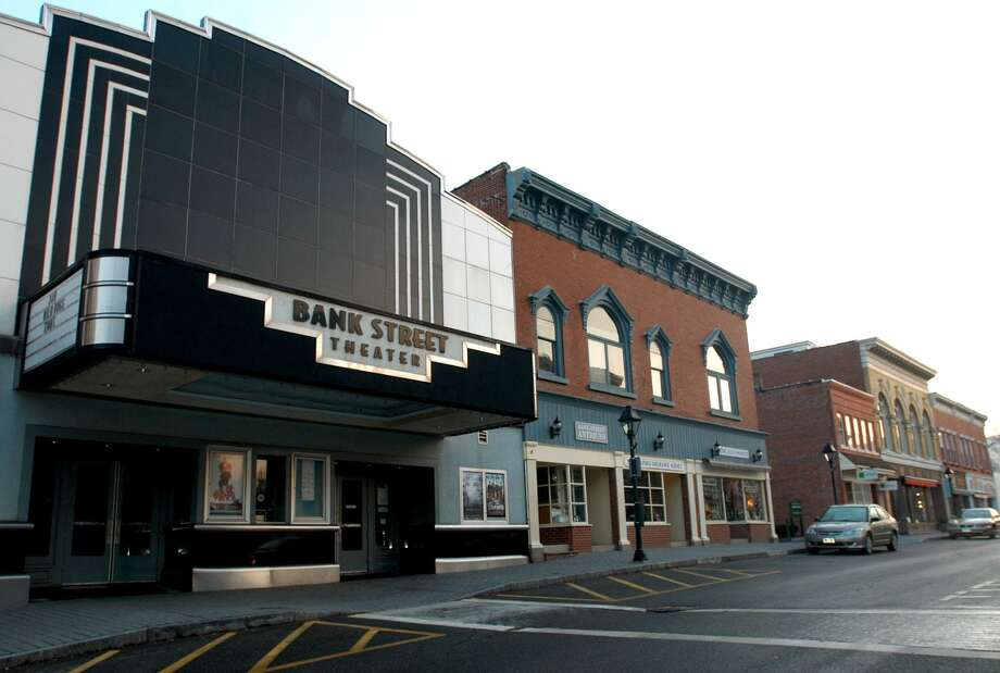 File photo of Bank Street Theater in New Milford. Photo: Norm Cummings / Norm Cummings / The News-Times