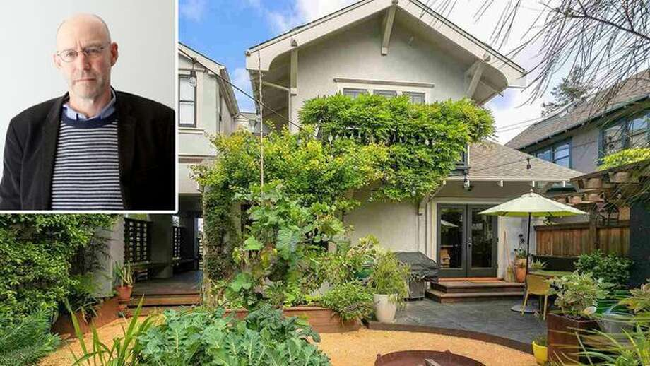 Food lovers, take note. Author and food expert Michael Pollan has listed his Berkeley, CA home to lease from August through December, for $6,500 a month. Photo: Leonardo Cendamo/Getty Images; Realtor.com