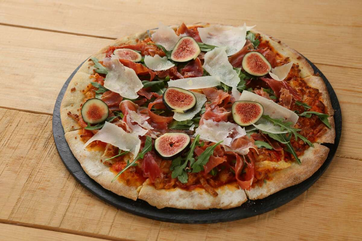 On the menu at Panem: Pizza de jamon.