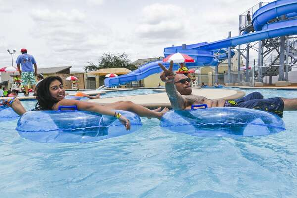 Long Awaited South Laredo Water Park Opens To The Public Houstonchronicle Com