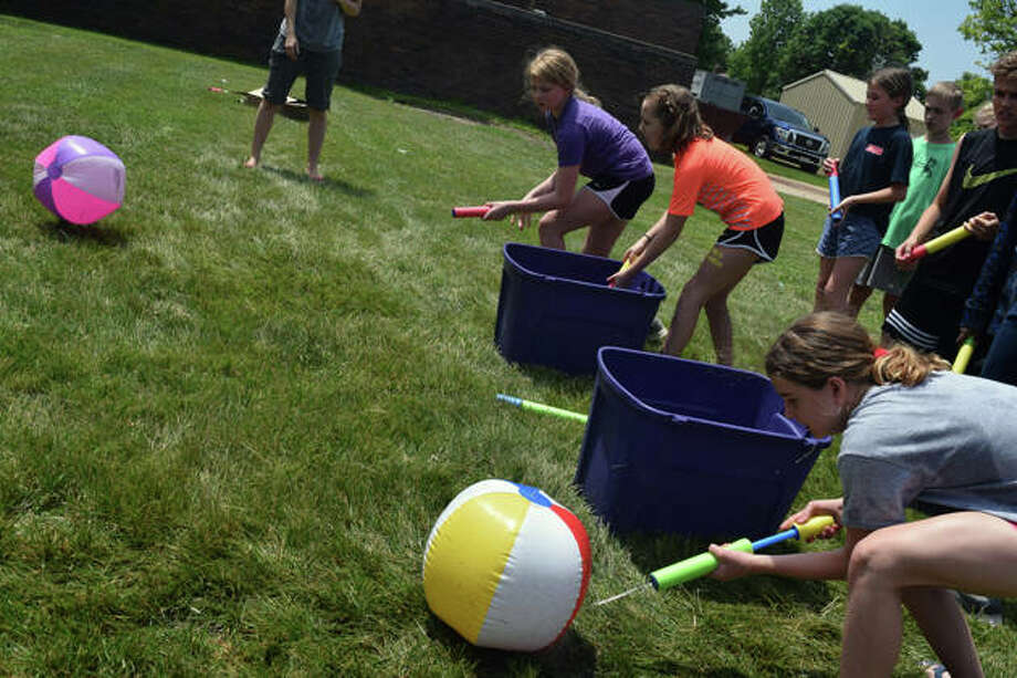 Eisenhower Elementary School students enjoyed their last day with a Fun and Field Day. Photo: Samantha McDaniel-Ogletree | Journal-Courier