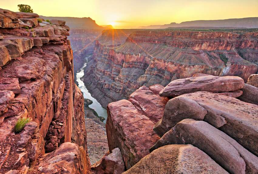 Grand Canyon National Park Arizona Visitors: 6.4 million per year Where to camp free: Kaibab National Forest, a few miles outside the south rim