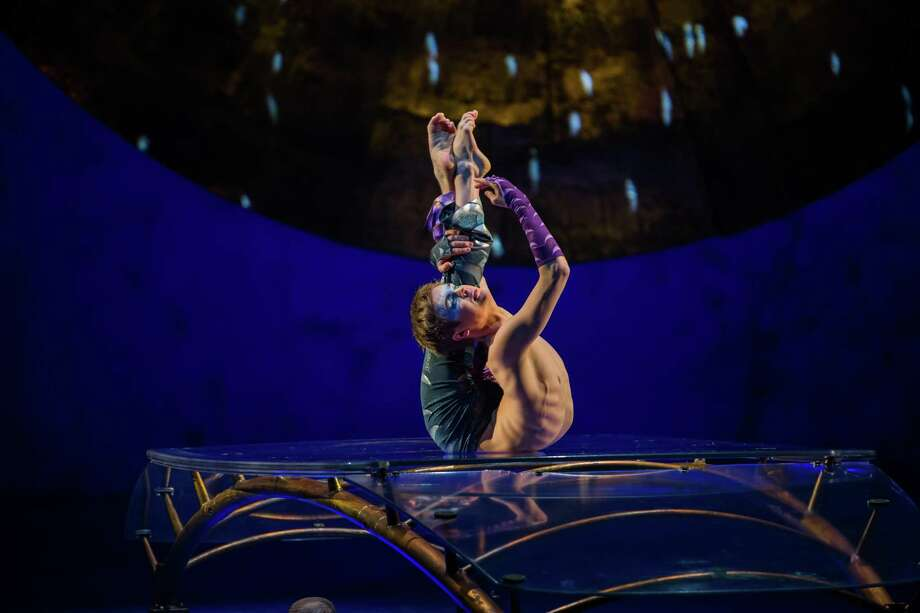 A performer gets into a seemingly impossible twist. Photo: Matt Beard / © 2017 Cirque Du Soleil