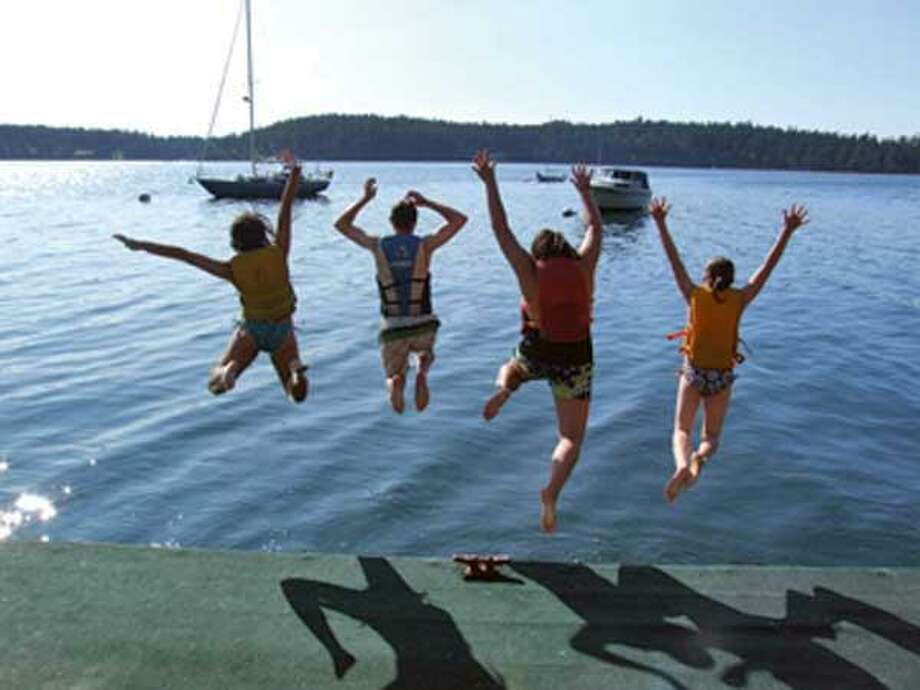 Jumping from and playing around boat docks is great fun during the summer time on the water, so make sure it is safe. Photo: BoatUS Foundation