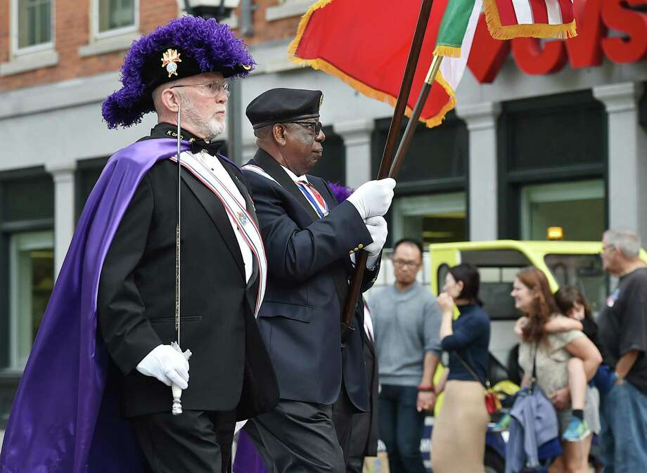The Greater New Haven Columbus Day Parade makes its way down Church Street to Wooster Square, Sunday, October 7, 2018. Photo: Catherine Avalone / Hearst Connecticut Media / New Haven Register