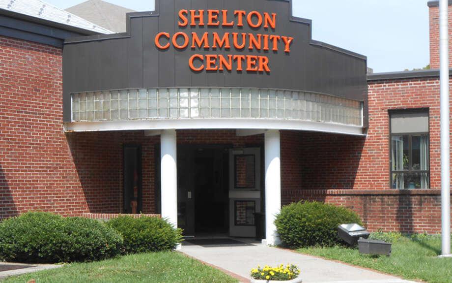 Shelton-Community-front-FI