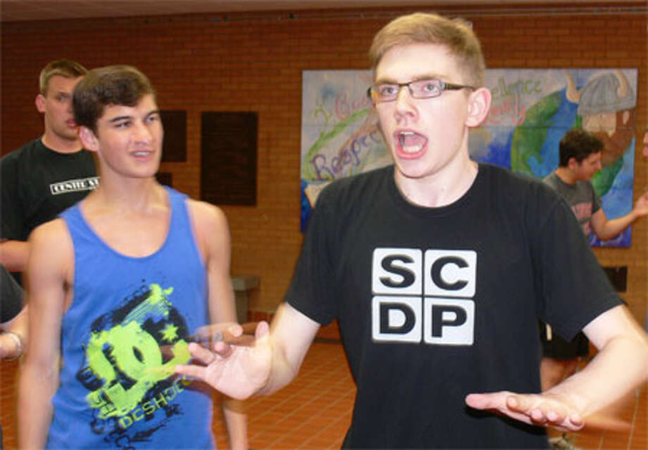 Tom Ball, right, of Shelton performs at a 'Drowsy Chaperone' rehearsal with Scott Sheldon of Shelton looking on.