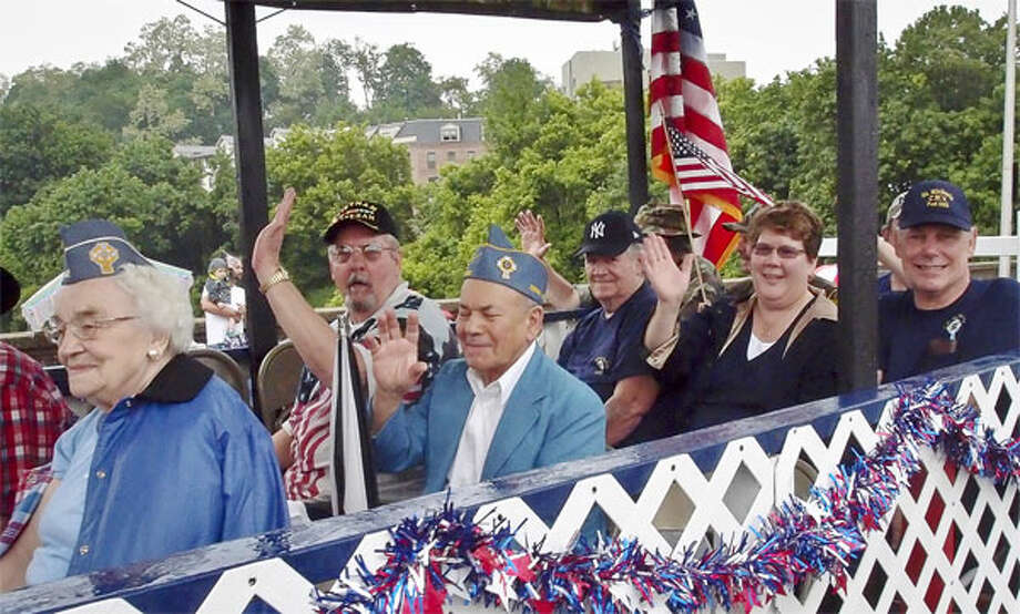 A scene from a past Derby/Shelton Memorial Day parade. (Photo by Wayne Ratzenberger)