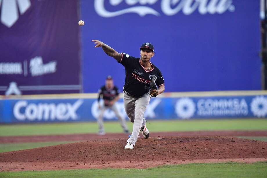 A five-run first inning contributed to an early exit Friday for Tecos starter Cesar Carrillo. He lasted only 2.2 innings with six runs allowed off seven hits and three walks. Photo: Courtesy Of The Tecolotes Dos Laredos /file