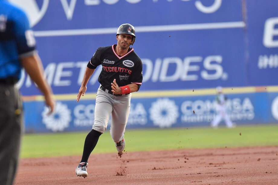 Tecolotes' Josh Rodriguez scored one of the team's two runs on a sacrifice fly. Photo: Courtesy Of The Tecolotes Dos Laredos /file