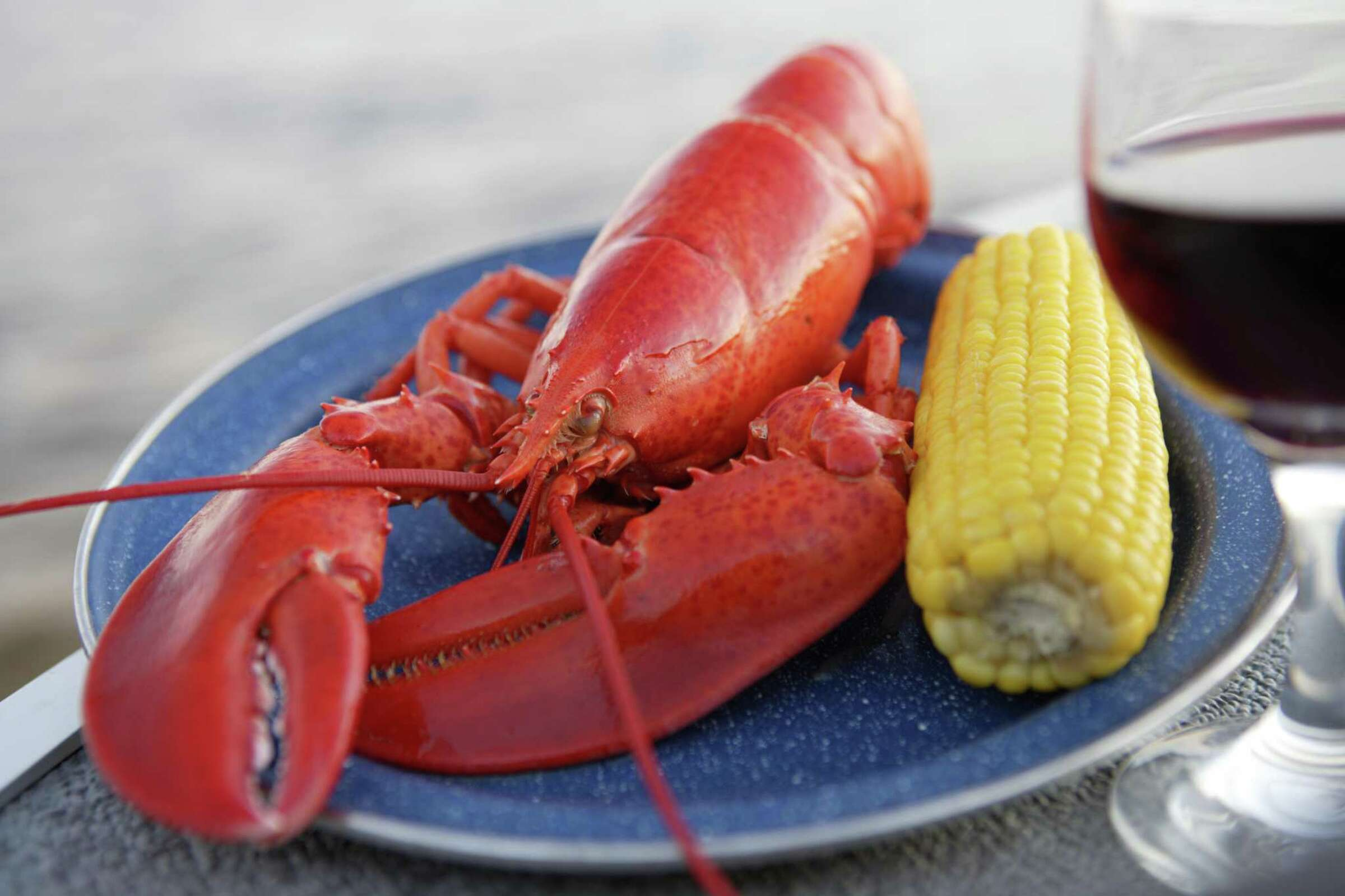 Where to get a whole lobster meal in Connecticut