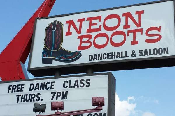 Dance halls in Texas are on the decline, but these Houston