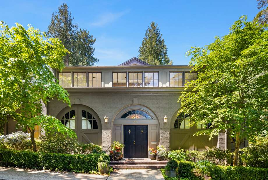Historic outside, modern marvel inside, the Carriage House in Denny Blaine asks $2.9M Photo: Amaryllis Lockhart With Clarity NW Photography