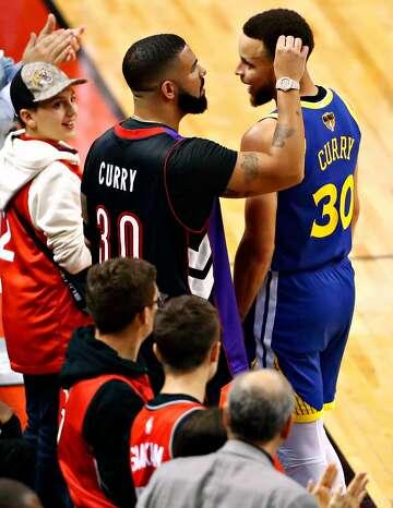 Warriors fans use Drake's lyrics against him on Toronto billboard