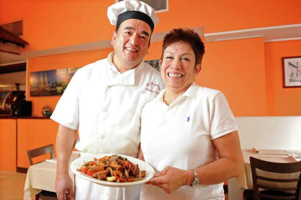 Restaurant tours help visitors, residents discover