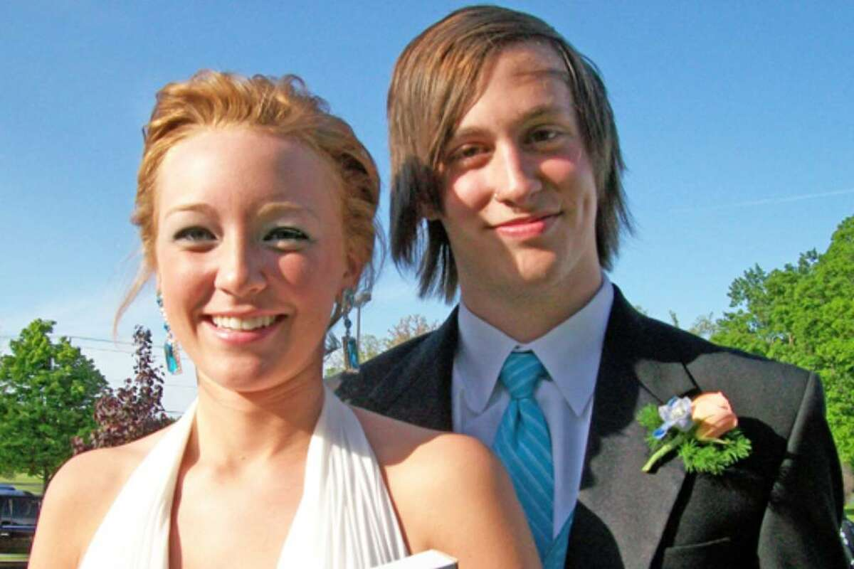 Were you seen at 2009 Maple Hill High School Prom?