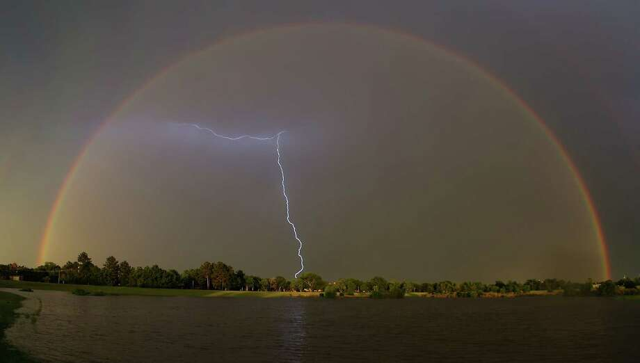 Houstonians get their cameras out as double rainbow appears over city -  Houston Chronicle