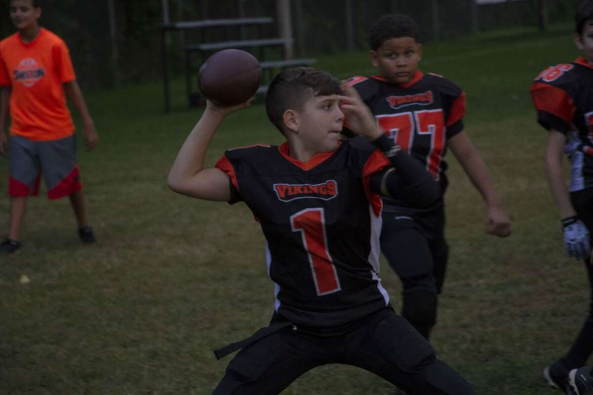 SH football_3