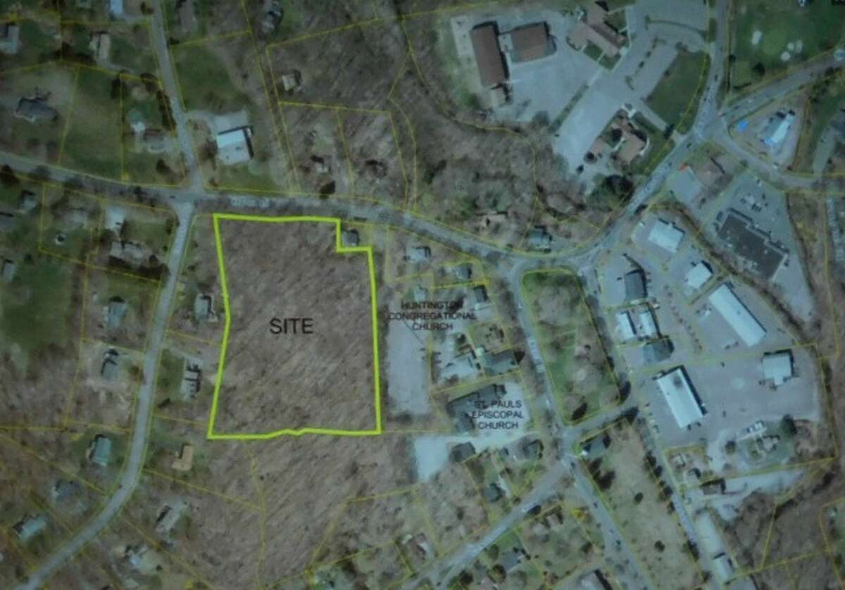 An aerial map showing the development site, with Ripton Road at top, Centerview Drive on the left and the Huntington Center commercial area on the right.