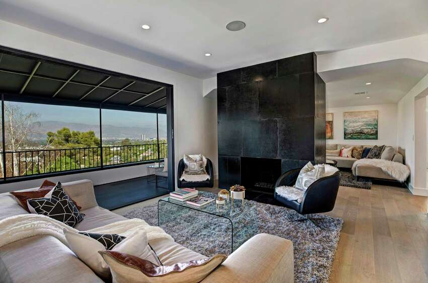 NFL linebacker Mychal Kendricks paid $2.77 million for a freshly renovated home in Studio City. Set up from the street, the single-story house has more than 4,300 square feet of interior, pocketing glass doors and two master suites. (Jeffrey Ong/Los Angeles Times/TNS)