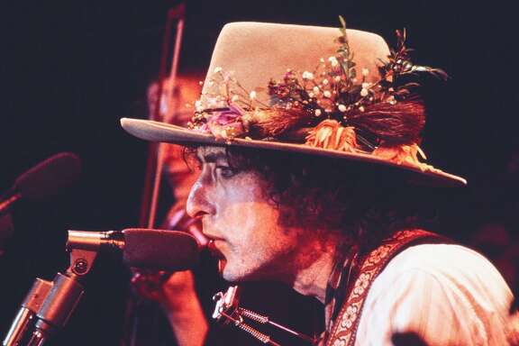 "'Rolling Thunder Revue: A Bob Dylan Story by Martin Scorsese' is described as ""part documentary, part concert film, part fever dream"" as it captures the troubled spirit of America in 1975 and the joyous music that Bob Dylan performed during the fall of that year."