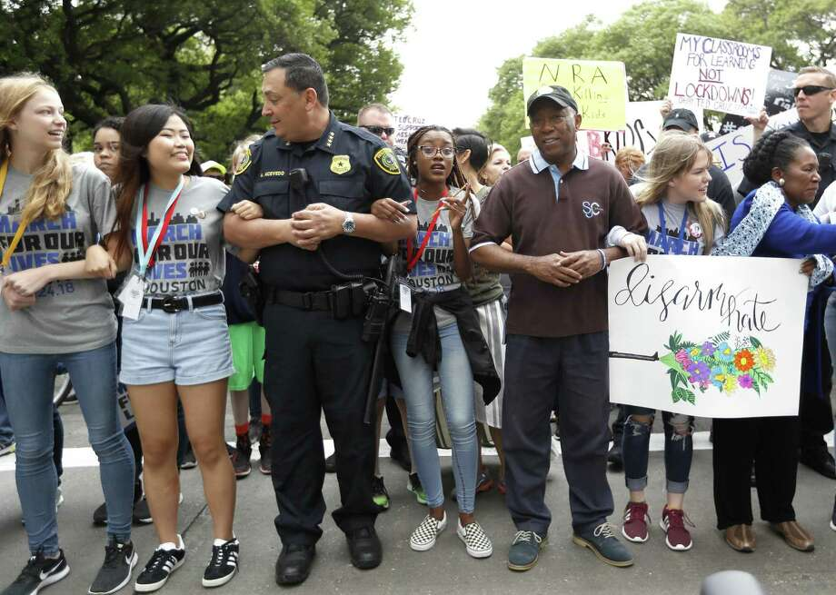 """A reader is confounded by the logic of Houston Police Chief Art Acevedo, seen at a """"March for Our Lives"""" rally last year, who opposes the bill allowing open-carry during disasters. Photo: Karen Warren /Staff File Photo / © 2018 Houston Chronicle"""