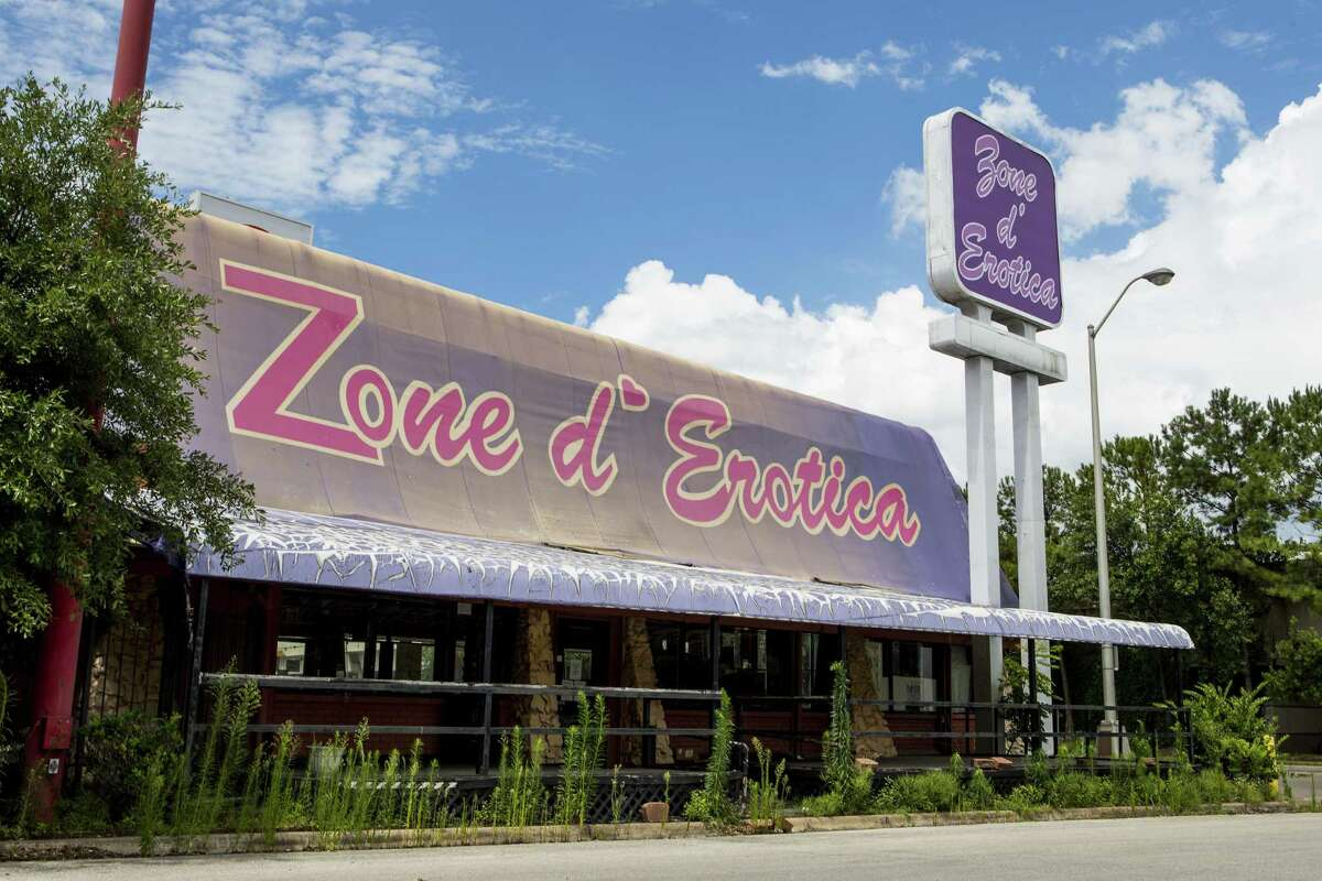 The Zone d'Erotica property, long considered an eyesore in the shadow of the gleaming Galleria, has been sold to a restaurant group that plans to open a Velvet Taco there.