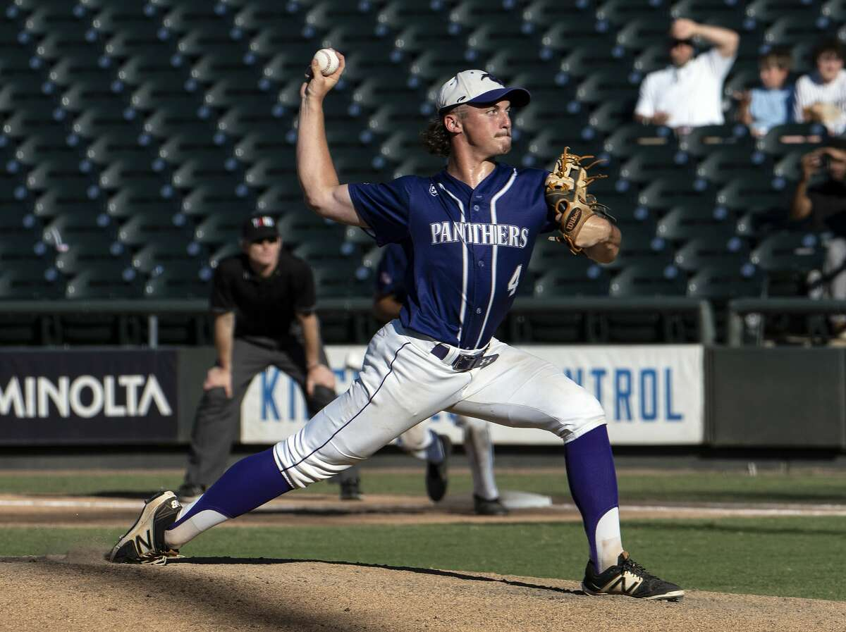 Fort Bend Ridge Point Hayde Key, (4), pitches against McKinney Boyd during the seventh inning of the UIL Class 6A state semifinals held at the Dell Diamond, Friday, June 7, 2019, in Round Rock, Texas. Fort Bend Ridge Point defeated McKinney Boyd 5-2. (Rodolfo Gonzalez for Houston Chronicle)