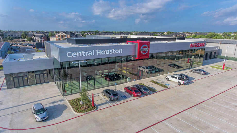 Central Houston Nissan's new buildings adhere to Nissan's latest global design standards. Photo: Courtesy Of Central Houston Nissan