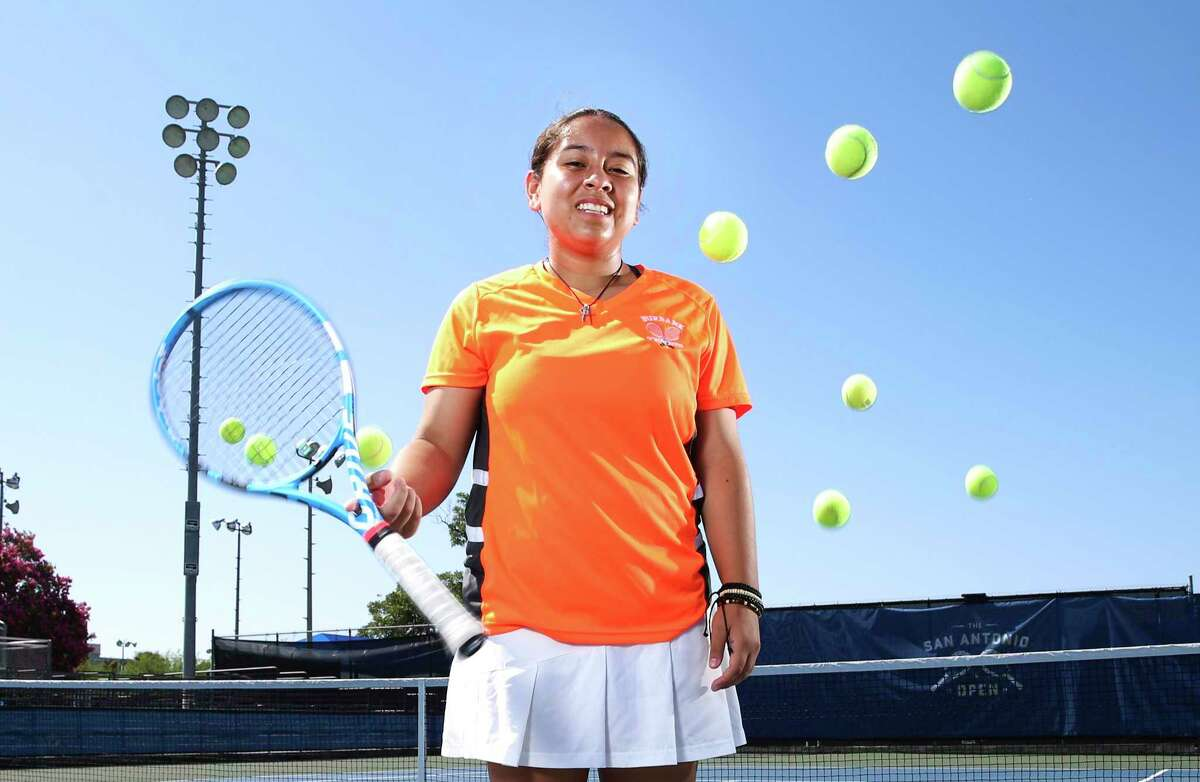 Burbank's Valerie Navarro-Cavazos is the first San Antonio ISD player since 1965 to medal at state.